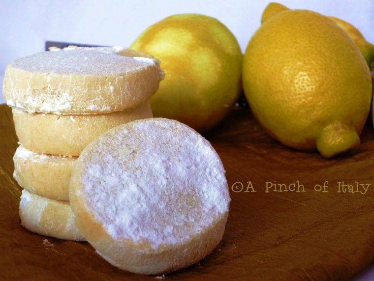 Lemon Meltaways, A Pinch of Italy