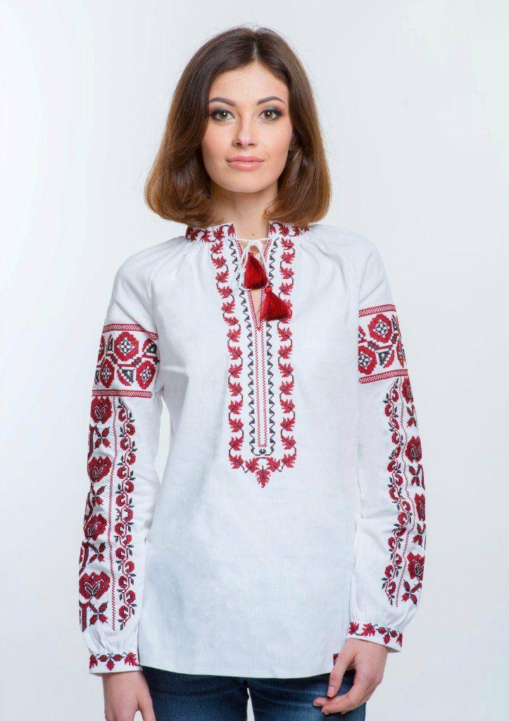 Жіноча вишиванка вишита червоними та чорними нитками.  Вишивка хрестиком, традиційні вишиті візерунки Київщини.