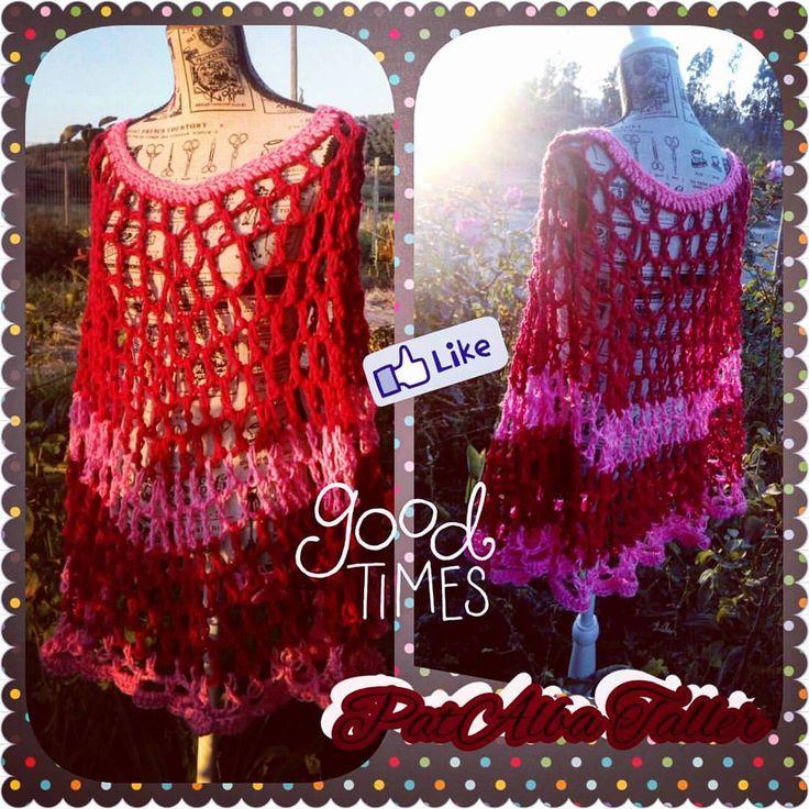 Poncho calado bicolor 👌🎑😍 .  #patalbataller #diseñodeautor #emprendedora #artesana #tejidos #crochet #confecciónapedido