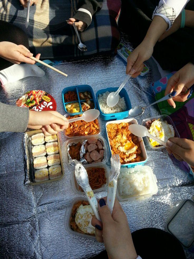 pack lunch 고등학생때 학교옥상에서 친구들이랑 먹은 도시락 그때 즐거웠지ㅠㅠ