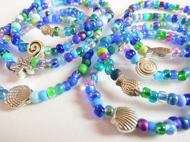 *4 schöne Kinderarmbänder mit Metallperlen für kleine Nixen*  aus größeren Rocailles in Meerjungfrau-Farben blau/türkis/lila/grün und einer silberfarbenen Meeres-Metallperle als süßes Armband für...