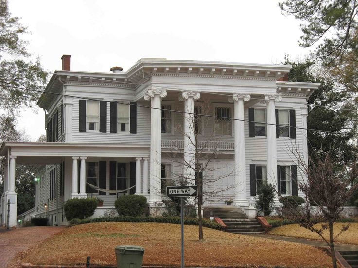 I chose this Neo-Classical house because of the columns