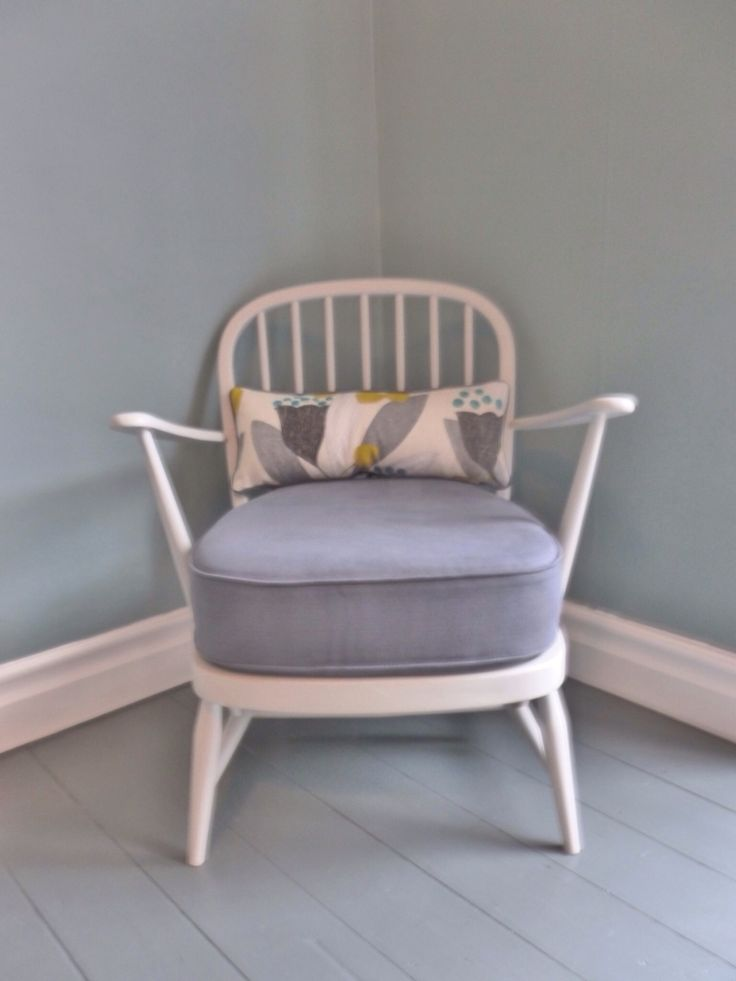 Ercol white frame chair with grey cushion