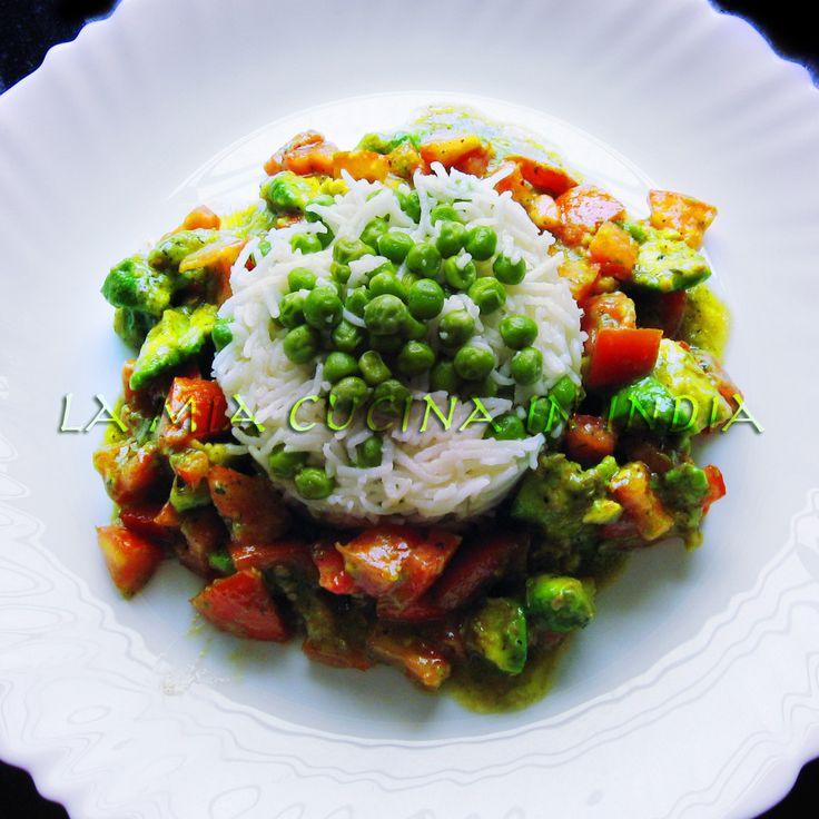 Un piatto unico delicato, gluten free e vegan.E se avete il basmati cotto dal giorno prima è anche velocissimo da fare.  Qui i piselli...
