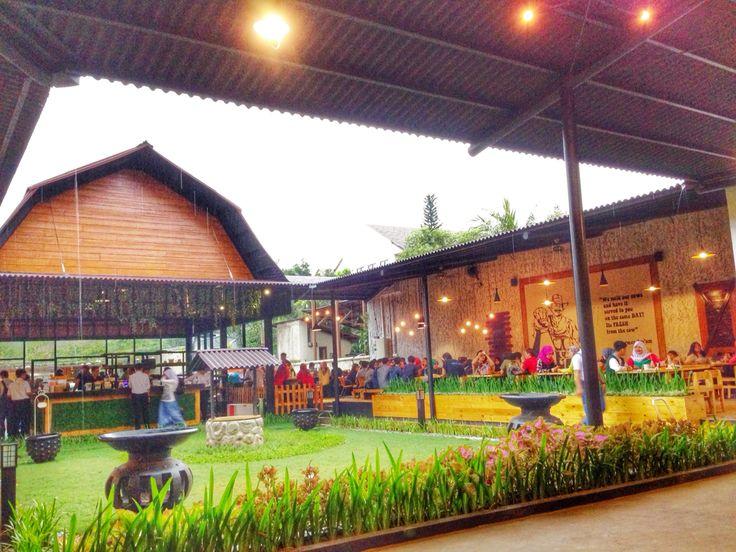 Momo Milk Barn - Bogor