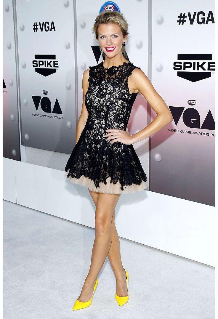 ihomecoming.com SUPPLIES Glamorous A-Line Jewel Neck Sleeveless Short/Mini Lace Evening Dress Elegant