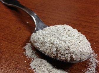 rozsliszt (teljes kiőrlésű): A teljes kiőrlésű lisztekben a gabona korpája is megtalálható, amely tápanyagokban gazdag és segíti az emésztést.  http://aprosef.hu/hozzavalo/liszt_rozs_teljes_kiorlesu
