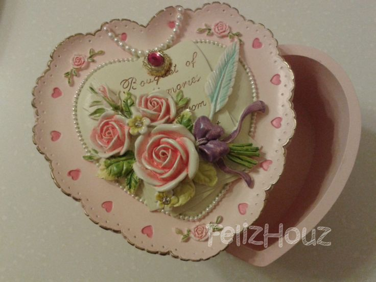 Classic Love Shape Jewellery Box For Your Special ONE (L008)