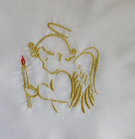 Vestido de Bautismo unisex, para niños y niñas. Prenda para vestir a los bebés durante la celebración del Bautizo fabricado en 65% poliéster y 35% algodón. Vestido bordado con un Ángel con una vela. Bordados en hilo dorad / Baptismal gown in 65% polyester and 35 % cotton with angel with candle embroidery (1/2) http://www.articulosreligiososbrabander.es/vestido-bautismo-bautizo-bordado-angel.html #Bautizo #Bautismo #Sacramento