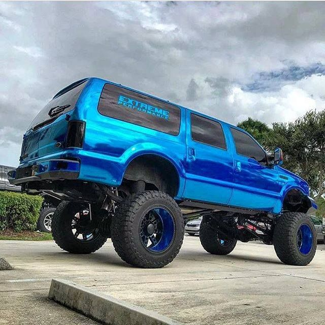 """Ford Excursion equipped with a Fabtech 6"""" 4 Link System and Dirt Logic Coilover Conversion!"""
