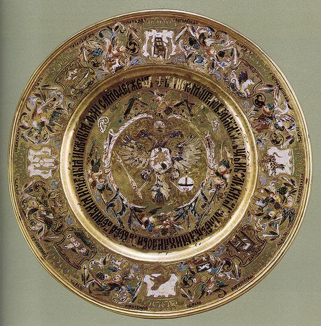 russianEnamels-Тарелка золотая. 1675 г. Мастерские Московского Кремля | Flickr - Photo Sharing!