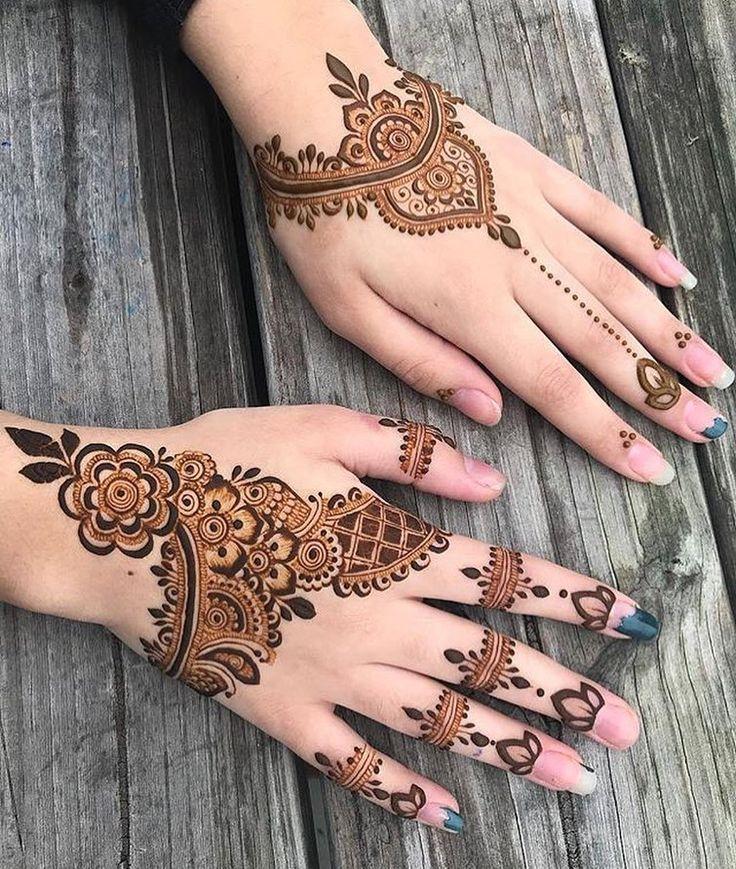 "3,222 Likes, 9 Comments - Henna Designs / Photography (@hennalookbookin) on Instagram: ""Simple designs always catches the eye, Henna @atlantahennastudio"""