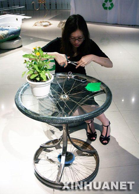 Mesa hecha con ruedas de bicicleta 2 Cosas que se pueden hacer con ruedas de bicicleta