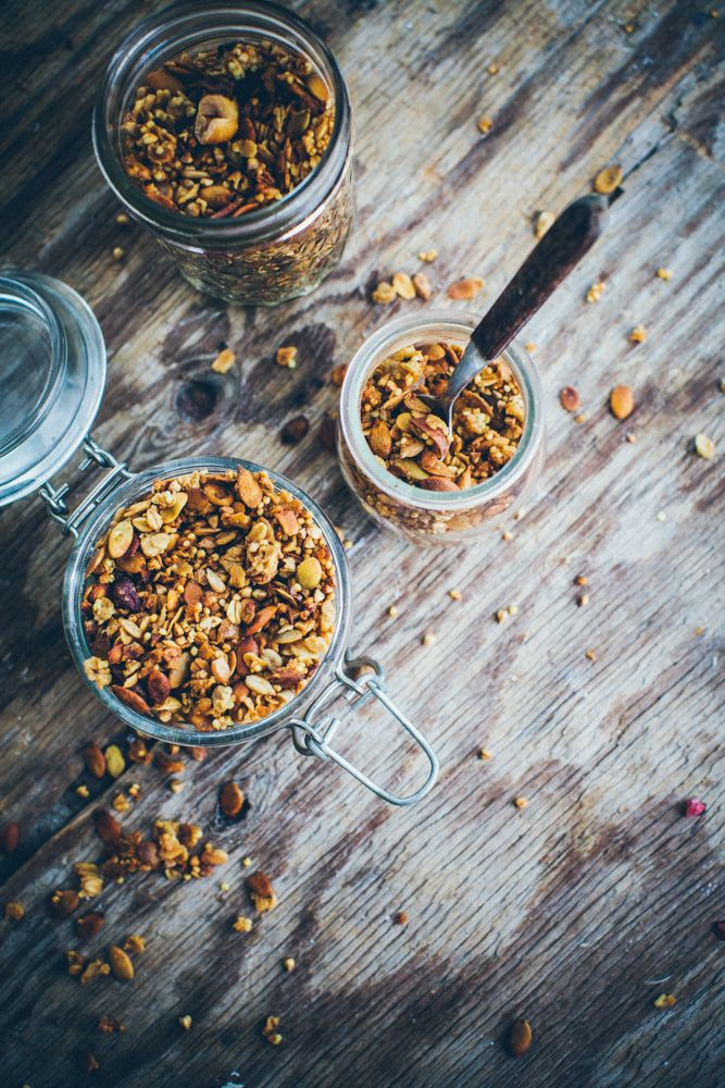A healthy granola with buckwheat and millet