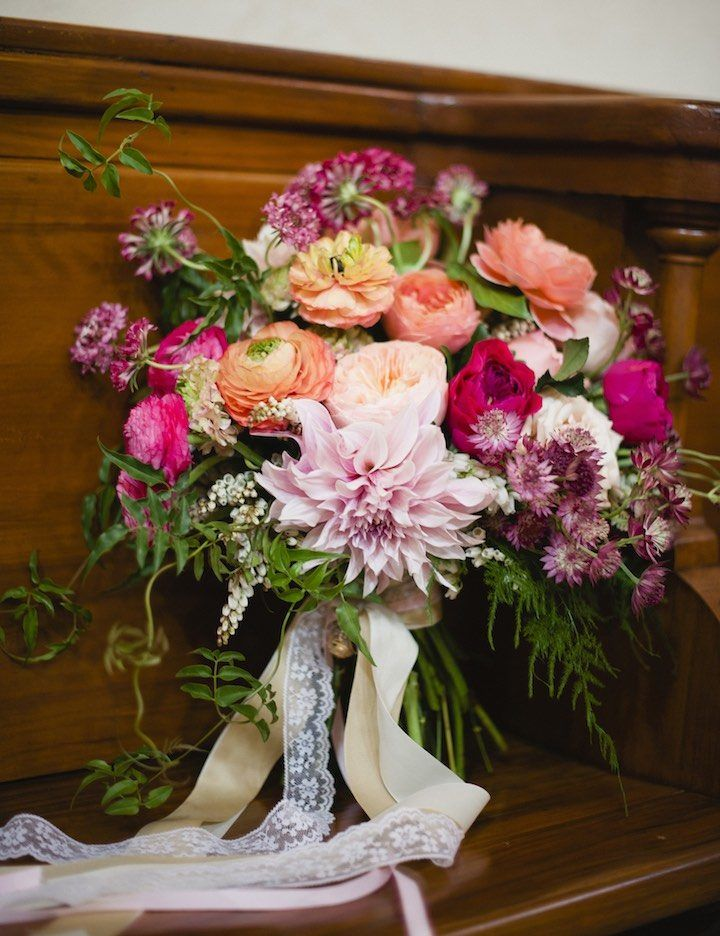 Wisconsin Wedding with Prettiest Blooms - MODwedding