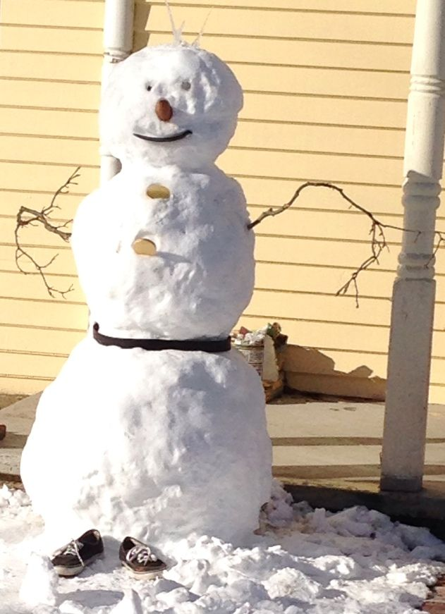 11 Pictures of Snowmen + Creative Ideas for Making Your Own