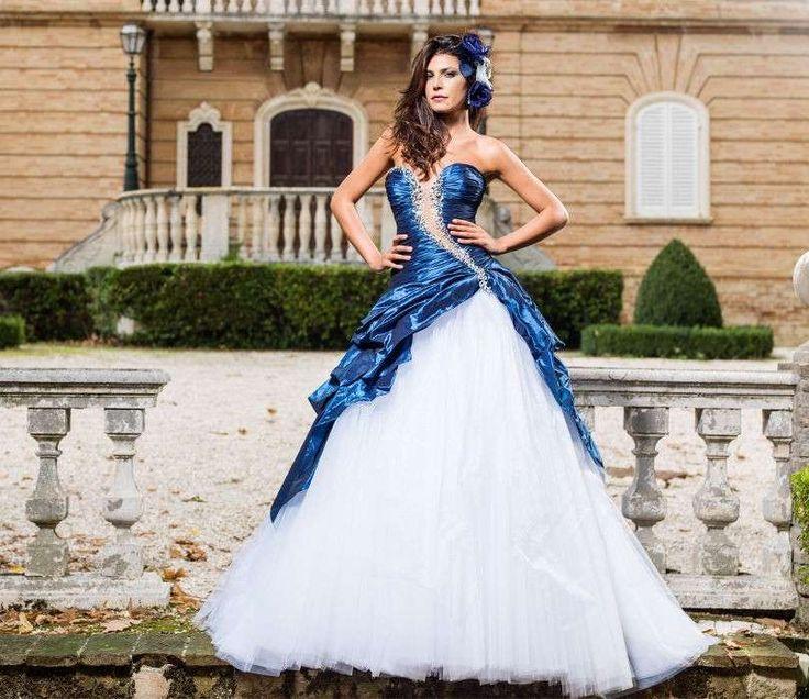 Abito da sposa blu yet