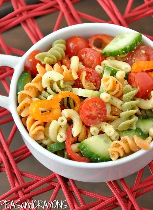 pasta salad with cherry tomatoes and cucumber