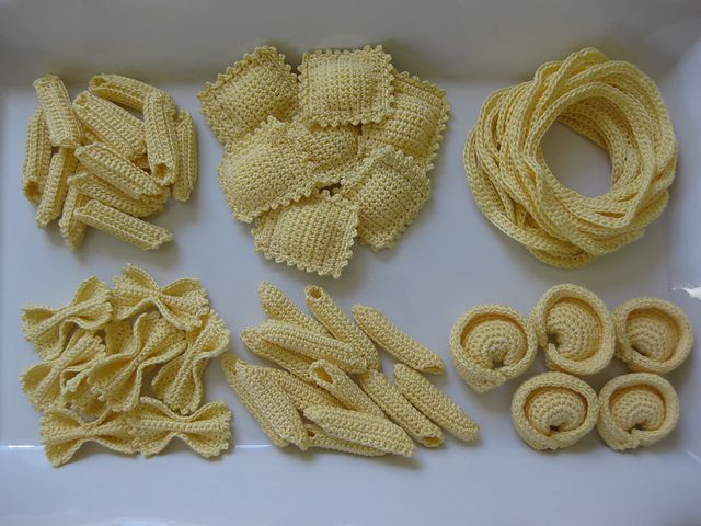 """pasta party! get the pattern."" via Ravelry - amazing work, love the wee details. #knithacker #crochet"