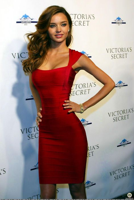 Miranda Kerr red dress