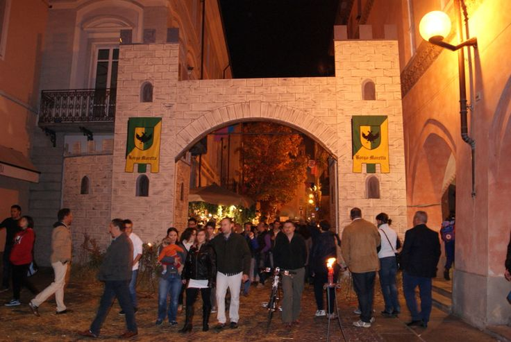 Alba town during il Baccanale del tartufo (one of many events durin International White Truffle Fair)