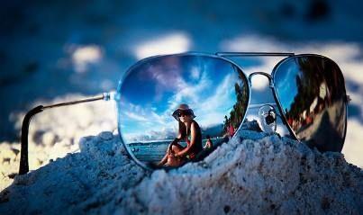 Organiza tu bolsillo para irte de vacaciones a la playa en www.rocket.com.co
