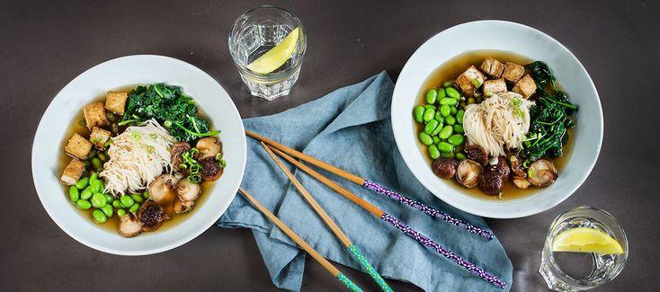 Vegetarisk ramensoppa med tofu och shiitake