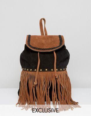 Reclaimed Vintage - Sac à dos en daim clouté avec frange