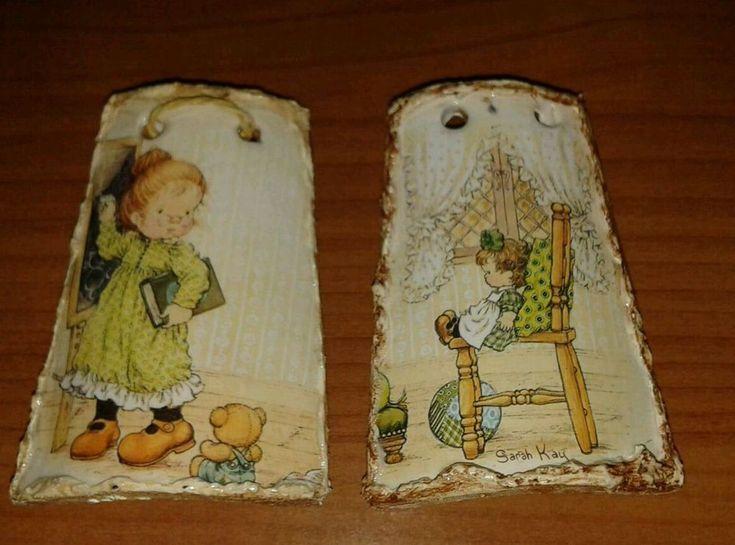 2 tegole terracotta decoupage handmade idea regalo Natale Sarah Kay cm 8