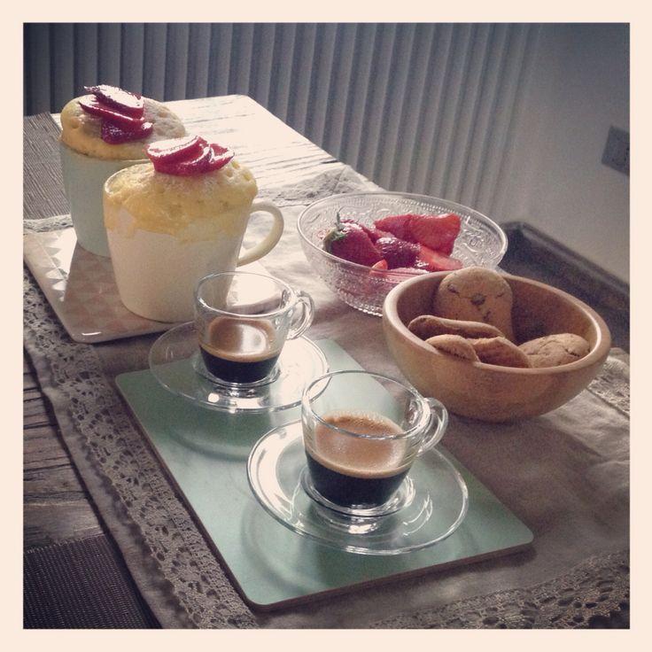 Mug cakes, breakfast