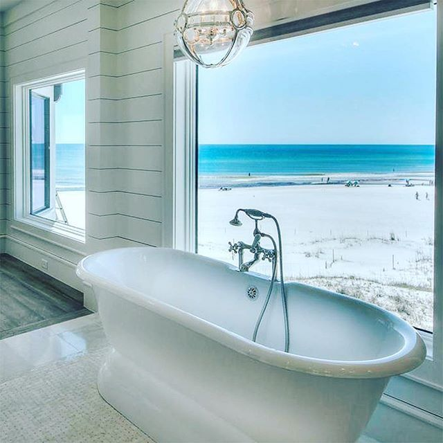 { R E L A X } Had a fabulous week but can't tell you how much I love Fridays!  How's this bathroom for a room with a view?  The only thing missing for me is soft sheers which would complete the space. This gorgeous home is available to purchase via #sotherbysinternationalreality #dreams #perfection #thankgoditsfriday #roomwithaview . . . #interiorinspiration #bathroom #luxe #beachhouse  #hamptonsstyle #frenchdressing  #french_dressing_furniture
