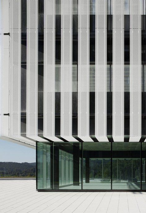 Edificio Sede del Parque Científico de la UPV, Leioa, 2013 - IDOM