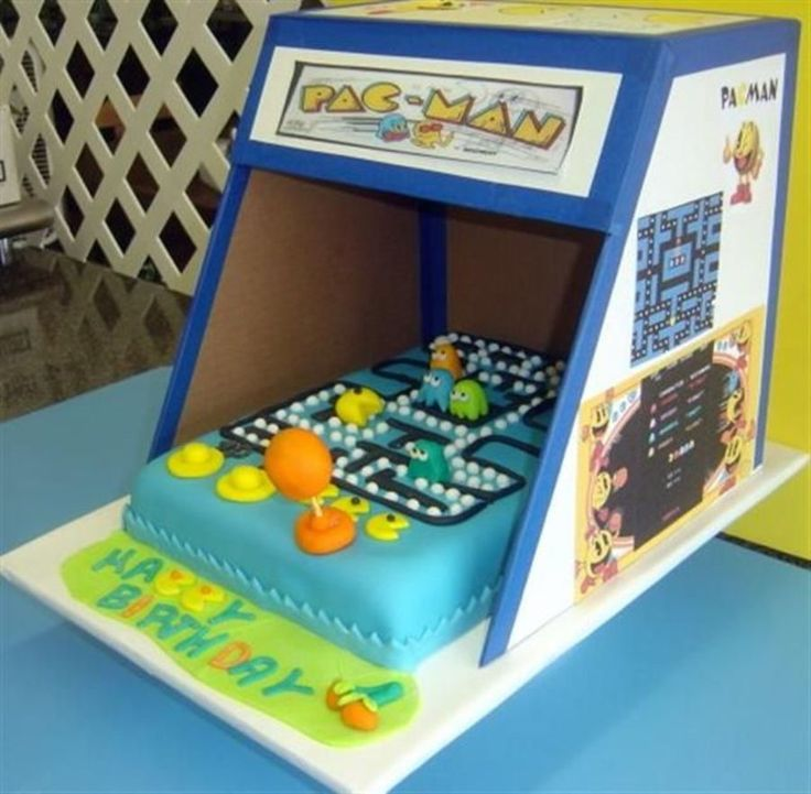 Pac Man 08065 on Cake Central