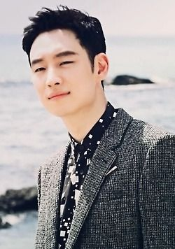Lee Je Hoon for High Cut Magazine |131