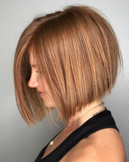 Bob Inverted Straight Chopped , 25 coiffures courtes pour cheveux raides