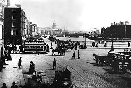 Sackville Street, #Dublin - now O'Connell Street. Via www.irishhistorylinks.net #lovedublin #olddublin