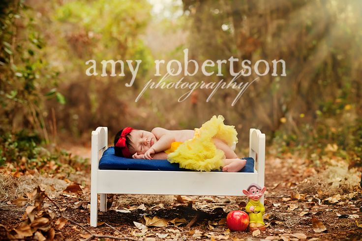 Snow WhitePhotos Ideas, Pics Ideas, Baby Snow White Photography, Baby Girls, White Baby, Slumber Snow, Baby Snow White Pictures, Photography Inspiration, Photography Ideas