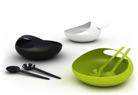This stylish salad bowl and server set is perfect for healthy family dinners, both indoors and outdoors. Perfect for pasta or fruit salad it also makes an ideal fruit bowl. Its distinctive form and vibrant colours make it the perfect centrepiece for almost any dining occasion.  Dishwasher safe.