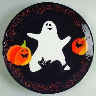 3878784142_4488f0506c by chesapeake ceramics via flickr - Halloween Ceramic Plates