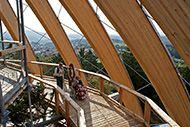 Rolstoel toegankelijke Boomkroonpad Neuschönau, Accessible TreeTopWalk Neuschönau Opmerking in Duitsland zijn nog 8 rolstoel toegankelijke boomkroonpaden, In Oostenrijk 2 en in Tsjechië 1.