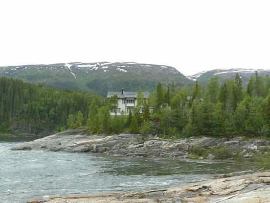 Villa Laksfors (Laksforsvillaen) / Laksfors House (Engelskvillaen), 8680 Trofors, Norway