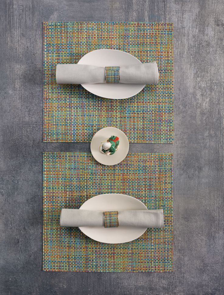 PROPS WITH CHILEWICH | SQUARE PLACEMATS IN BOTANIC BASKETWEAVE | 100% LINEN NAPKINS IN PALE GREY | STAINLESS STEEL WIDE NAPKIN RINGS IN GARDEN MINI BASKETWEAVE | NYMPHENBURG PORCELAIN FIGURE: THE PORCELAIN ROOM