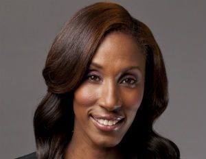Former Los Angeles Sparks Player, Lisa Leslie, Talks Upcoming Induction into Women's Basketball Hall of Fame.
