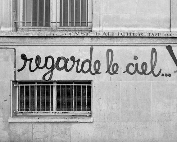 Regarde Le Ciel, Paris