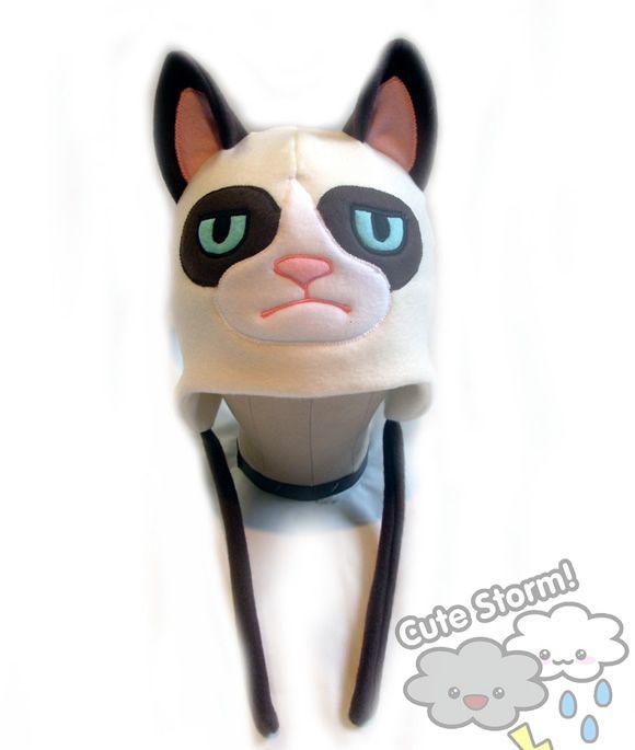 Que tal sair por aí usando a touca do Gato Mal-humorado?
