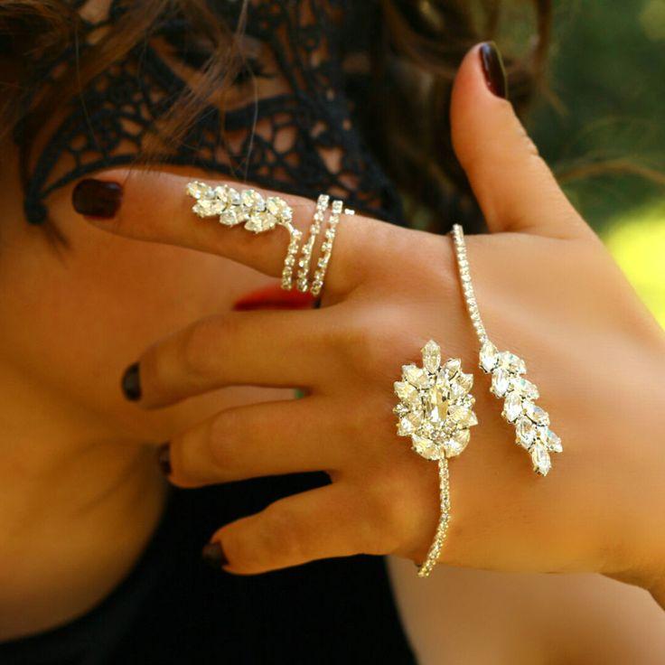 Statement Fashion Palm Hand Jewelry Slave Unique Women Cuff Rhinestone Bracelet #Takimania #Statement
