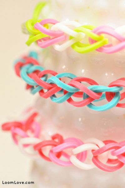 Kids love 'em some adults make 'em so here's 8 easy bracelets for rainbow loom beginners