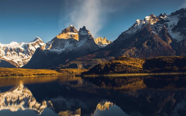 Download wallpapers Gray Lake, 4k, Torres del Paine, mountains, Patagonia, Chile