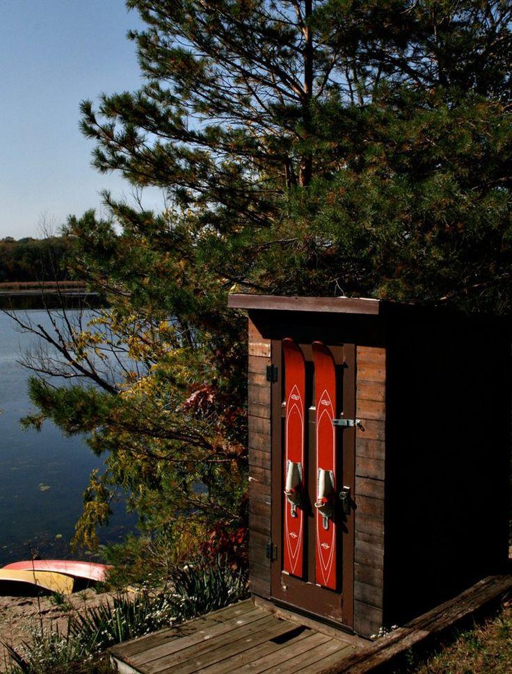 Water ski decor on door lake house