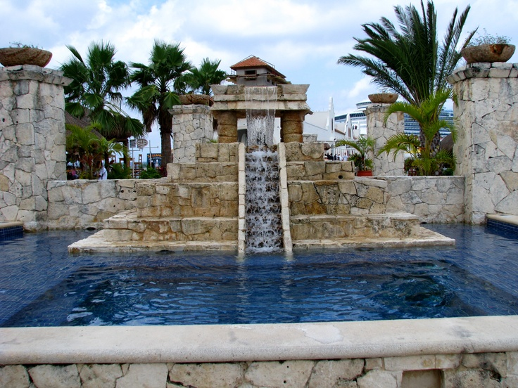 Fountain in market by cruise ship port Cozumel, Mexico